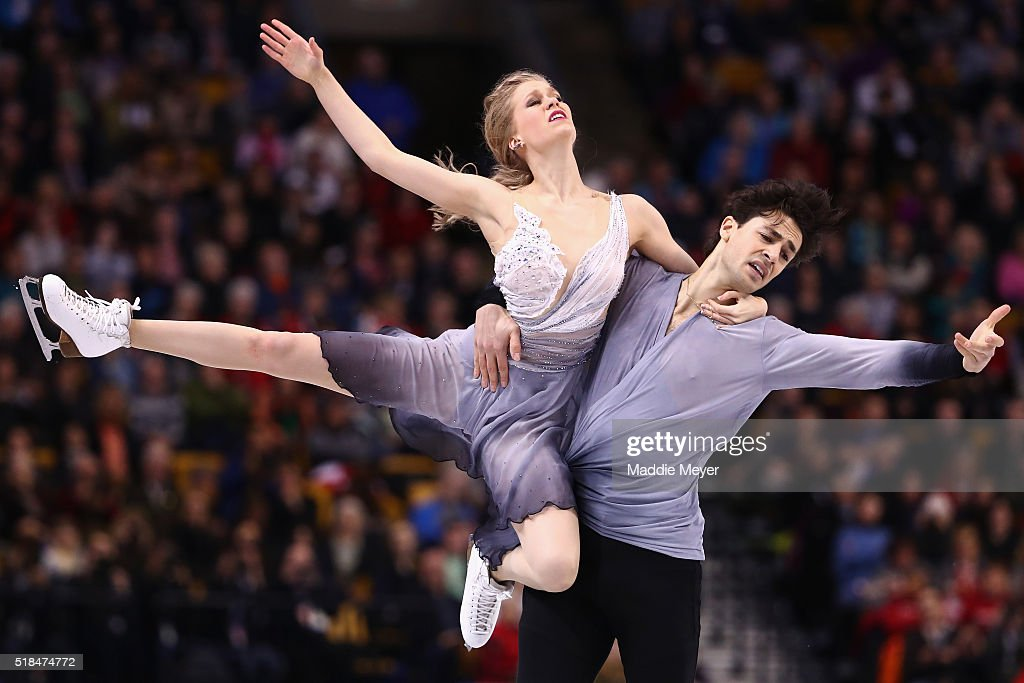 Kaitlyn Weaver and Andrew Poje of Canada skate in Free Dance Program during Day 4 of the ISU World Figure Skating Championships 2016 at TD Garden on March 31, 2016 in Boston, Massachusetts.
