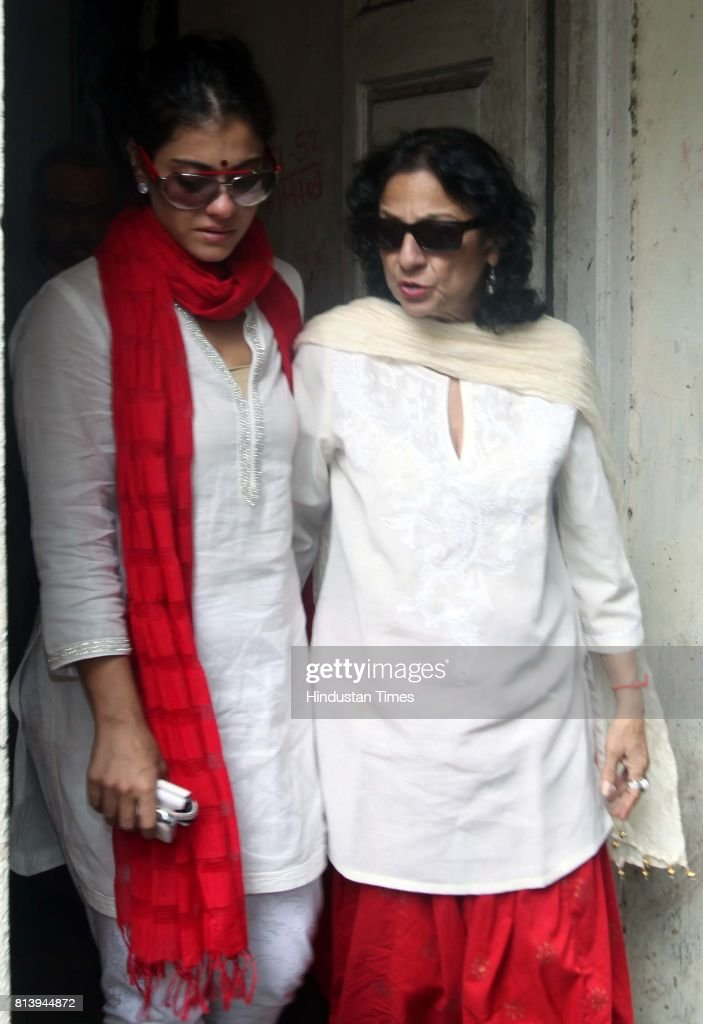 Kajol and Tanuja at Gautam Rajadhyaksha reseident at Hughes Road after he passes away on Tuesday