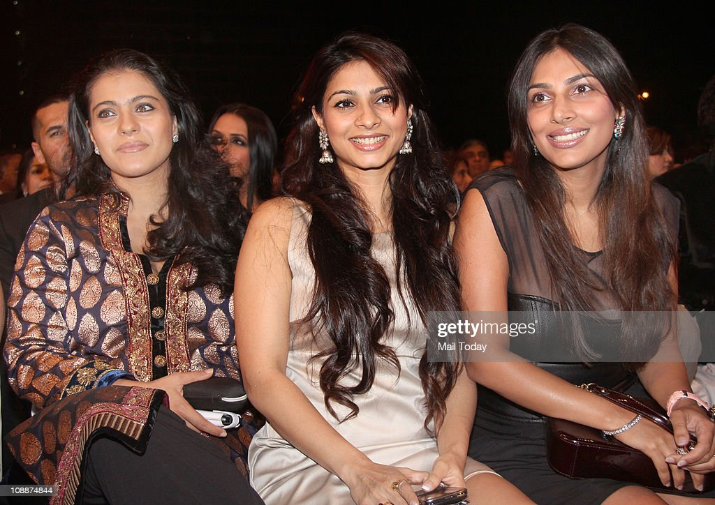 Kajol with sister Tanisha Mukherjee during the Stardust Awards function in Mumbai on Sunday evening
