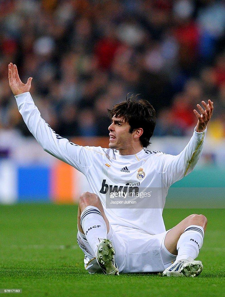 Real Madrid v Lyon - UEFA Champions League : News Photo