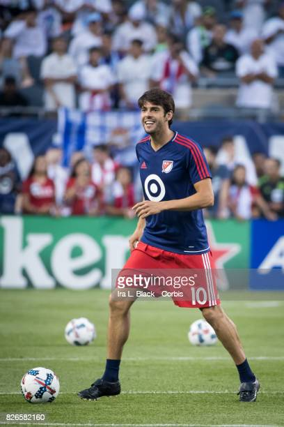 Kaka of the MLS AllStars warms up during the MLS AllStar match between the MLS AllStars and Real Madrid at the Soldier Field on August 02 2017 in...