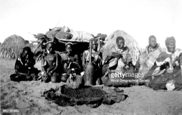 Kalahari women grinding 1899