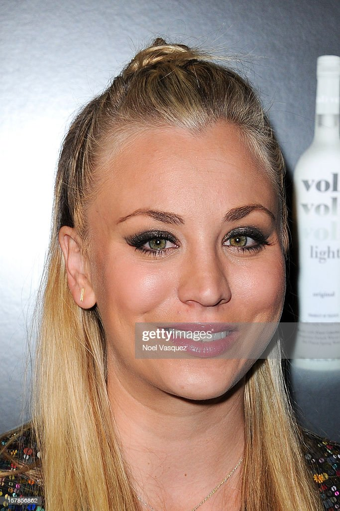 Kaley Cuoco attends the Voli Lights Vodka benefit at SkyBar at the Mondrian Los Angeles on December 6, 2012 in West Hollywood, California.