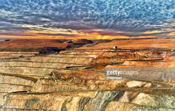 kalgoorlie gold mine, western australia, australia - gold mining stock photos and pictures