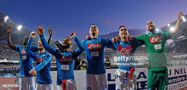 Kalidou Koulibaly Lorenzo Insigne Jose Calleon Dries Mertens Pepe Reina and Marek Hamsik celebrate the victory after the serie A match betweenSSC...