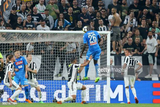 Kalidou Koulibaly of Napoli scores the decisive goal of 01 during the serie A match between Juventus and SSC Napoli on April 22 2018 in Turin Italy