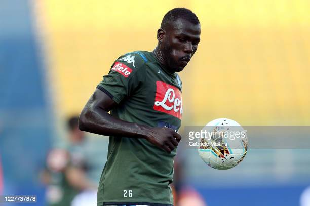 Kalidou Koulibaly of SSC Napoli eyes the ball during the Serie A match between Parma Calcio and SSC Napoli at Stadio Ennio Tardini on July 22, 2020...