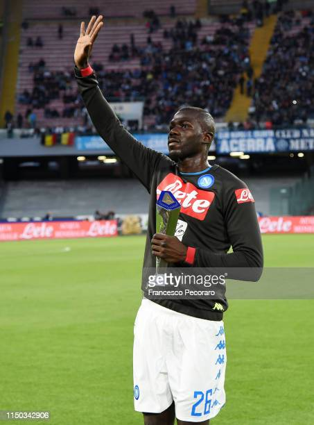 Kalidou Koulibaly of SSC Napoli receives the Best Serie A Tim defenter award before the Serie A match between SSC Napoli and FC Internazionale at...
