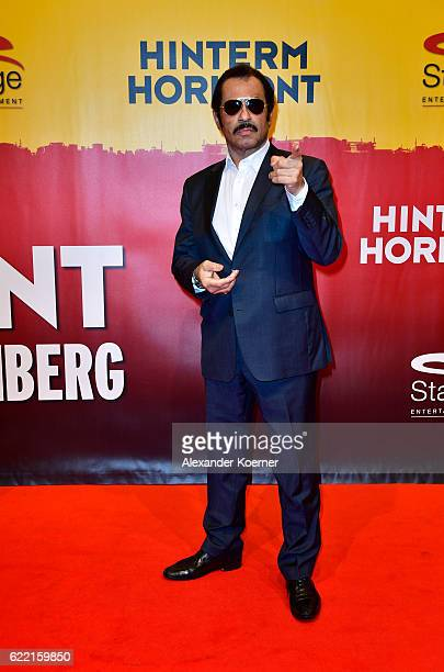 Kalle Schwensen attends the red carpet at the Hinterm Horizont Musical premiere at Stage Operretenhaus on November 10 2016 in Hamburg Germany