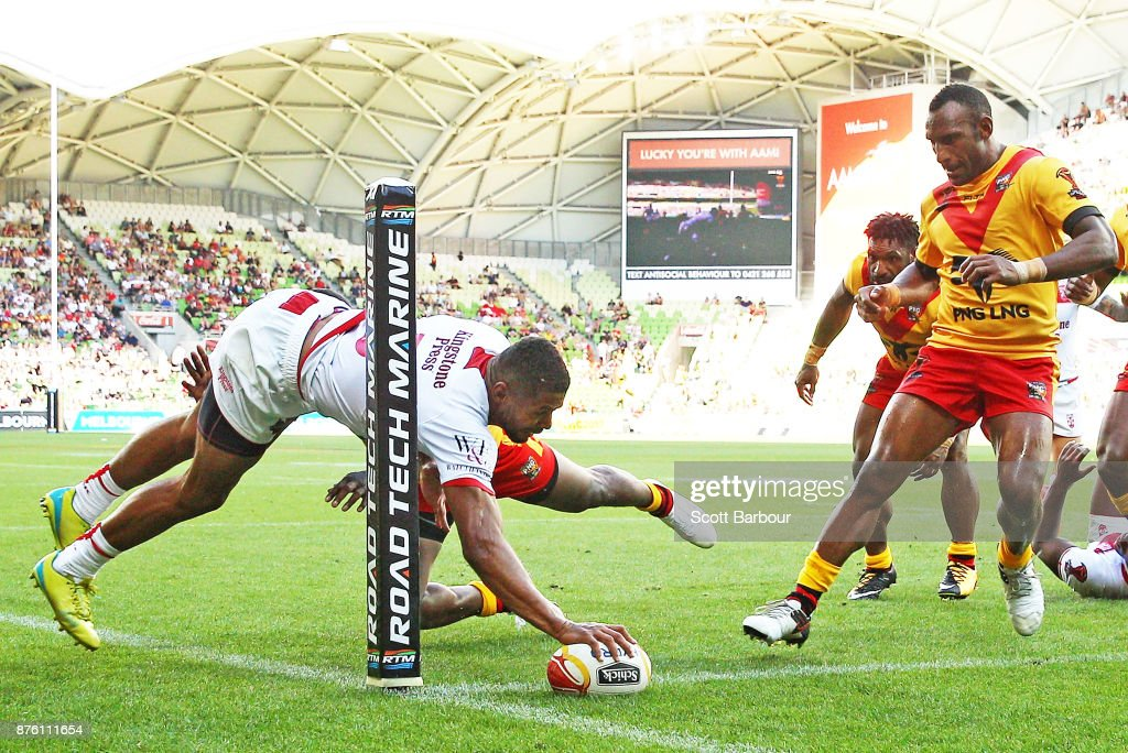 Kallum Watkins of England scores a try during the 2017 Rugby League World Cup Quarter Final match between England and Papua New Guinea Kumuls at AAMI Park on November 19, 2017 in Melbourne, Australia.