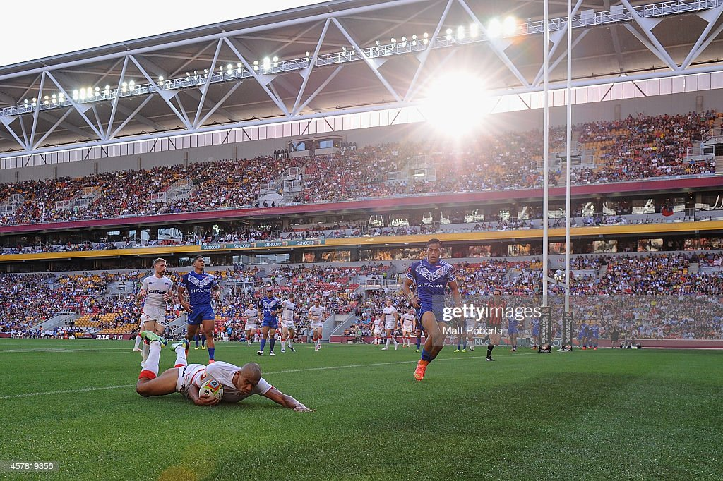 Kallum Watkins of England scores a try during the Four Nations match between England and Samoa at Suncorp Stadium on October 25, 2014 in Brisbane, Australia.
