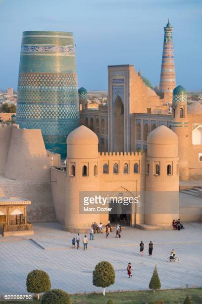 kalta minor in uzbekistan - muziek stock pictures, royalty-free photos & images
