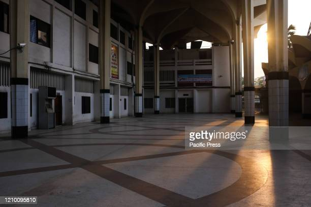 Kamalapur Railway Station the central railway station of Bangladesh is totally empty and closed for 21 days now as the government imposed an embargo...
