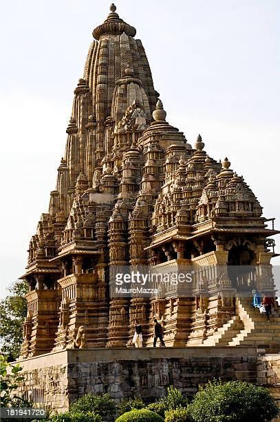 kamasutra temple - khajuraho stock pictures, royalty-free photos & images