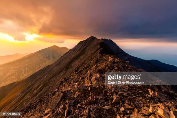 kamenititsa peak - pirin mountains stock pictures, royalty-free photos & images