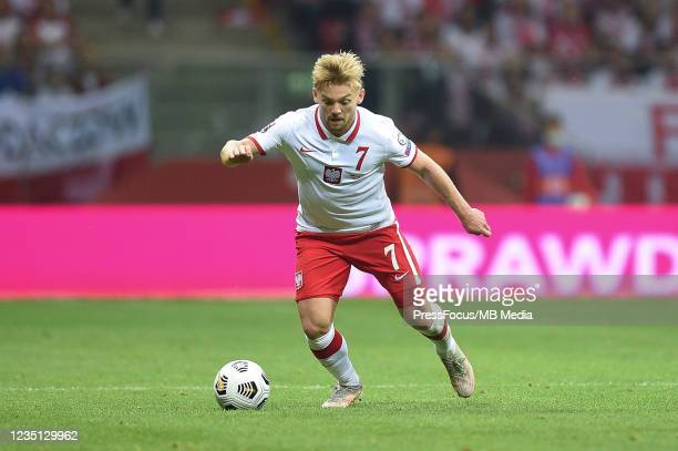 Kamil Jozwiak of Poland in action during 2022 FIFA World Cup Qualifier match between Poland and England at Stadion Narodowy on September 8, 2021 in...