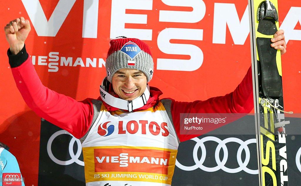 Men's ski jumping World Cup : News Photo
