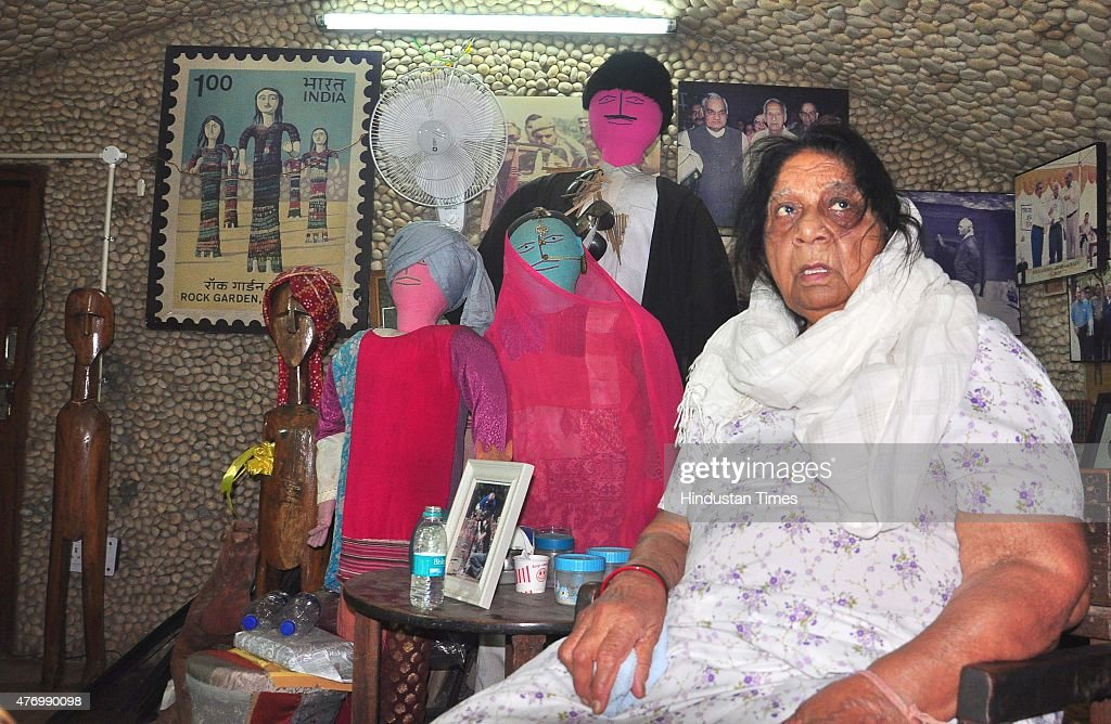 Kamla wife of Nek Chand sitting in his office after placing paying the tribute to Padma Shri Nek Chand Creator and Director of the iconic Rock Garden.