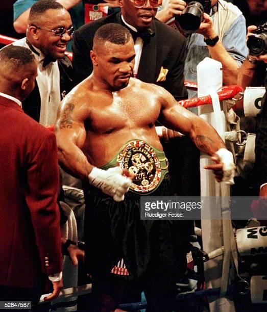Kampf Las Vegas 16.3.96, Sieger durch k.o. Mike TYSON
