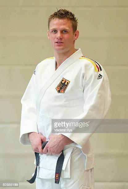 Kampfsport / Judo: NoK Portraittermin, Koeln und Hennef; Maenner; Ole BISCHOF 29.04.04.