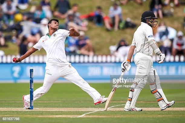 Kamrul Islam Rabbi of Bangladesh bowls during day three of the First Test match between New Zealand and Bangladesh at Basin Reserve on January 14...