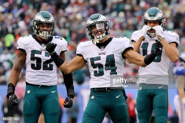 Kamu GrugierHill of the Philadelphia Eagles celebrates with his teammates after blocking a punt kicked by Brad Wing of the New York Giants during the...