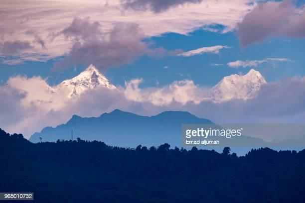 kanchenjunga mountains range, sikkim, india - sikkim stock pictures, royalty-free photos & images