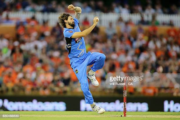 Kane Richardson of the Strikers bowls during the Big Bash League between the Perth Scorchers and Adelaide Strikers at WACA on December 23 2016 in...