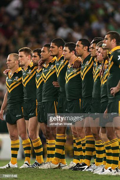 Kangaroo players line up during the New Zealand Haka during the ARL Bundaberg Test match between the Australian Kangaroos and the New Zealand Kiwis...