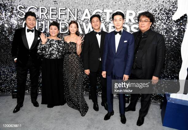 Kangho Song Hyejin Jang Jiso Jung Sunkyun Lee Woosik Choi and Bong Joon Ho attend the 26th Annual Screen Actors Guild Awards at The Shrine Auditorium...