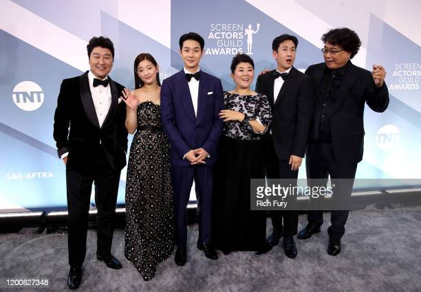 KangHo Song Lee Jung Eun Park Sodam Lee Sun Gyun Choi Wooshik and Bong Joonho of 'Parasite' attend the 26th Annual Screen ActorsGuild Awards at The...