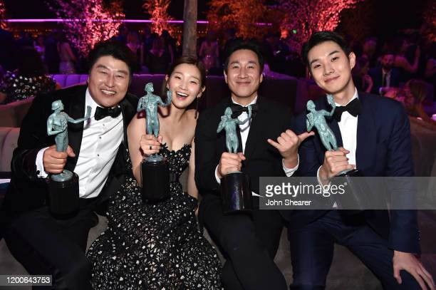KangHo Song Park Sodam Lee Sun Gyun and Choi Wooshik attend PEOPLE's Annual Screen Actors Guild Awards Gala at The Shrine Auditorium on January 19...