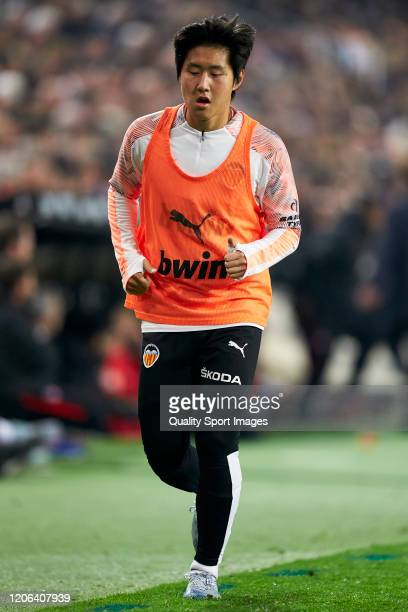 Kangin Lee of Valencia CF warms up during to the the La Liga match between Valencia CF and Club Atletico de Madrid at Estadio Mestalla on February 14...