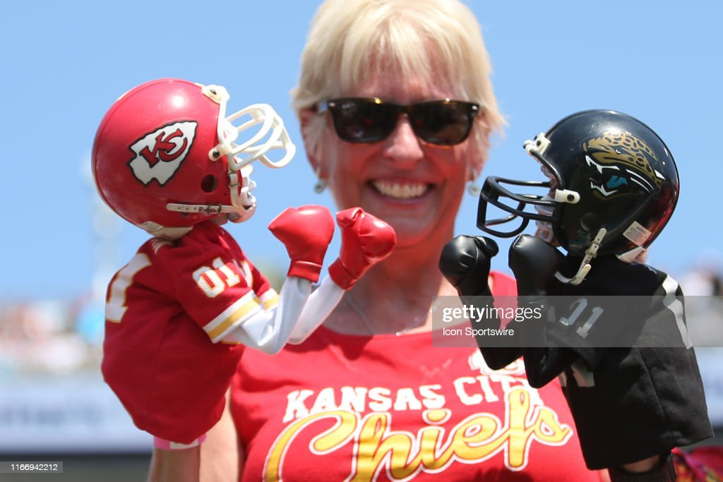 NFL: SEP 08 Chiefs at Jaguars : ニュース写真