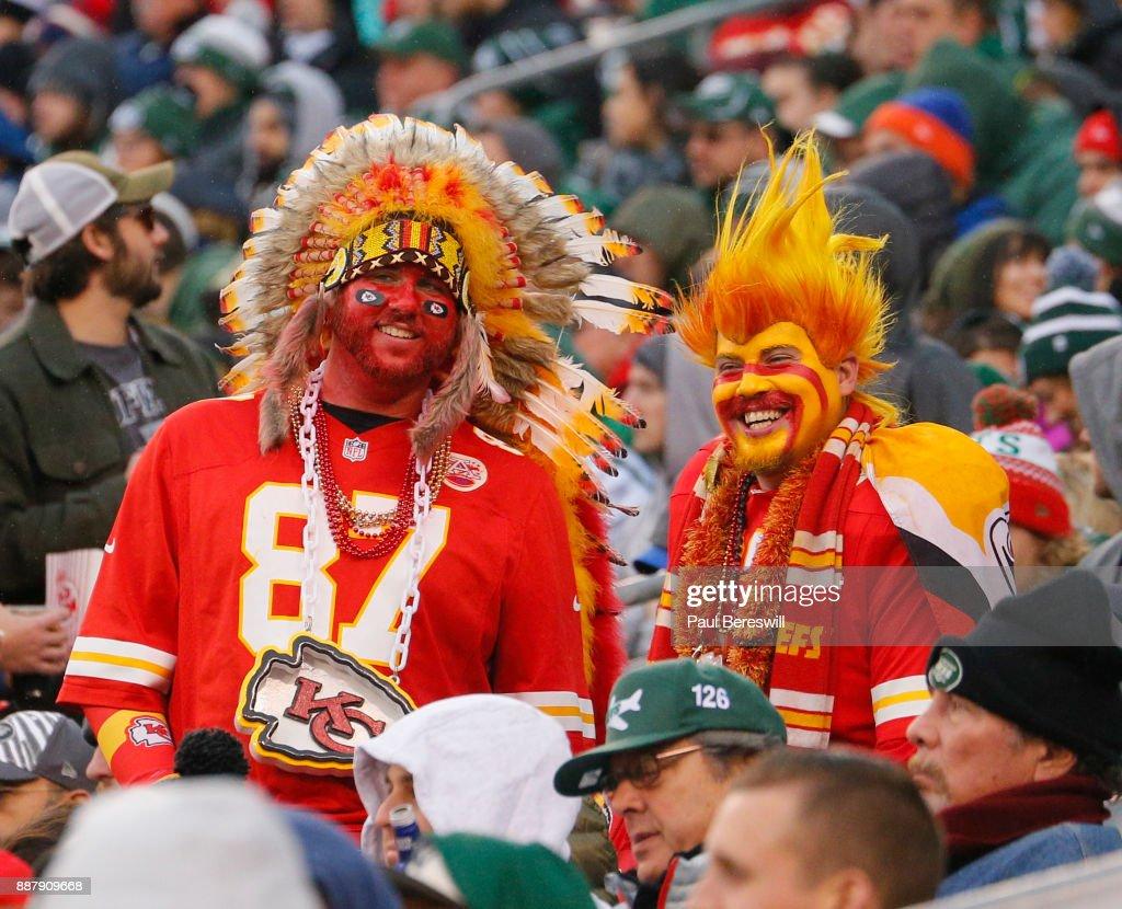 designer fashion 5faa5 29b18 Kansas City Chiefs fans wear headdress at an NFL football ...
