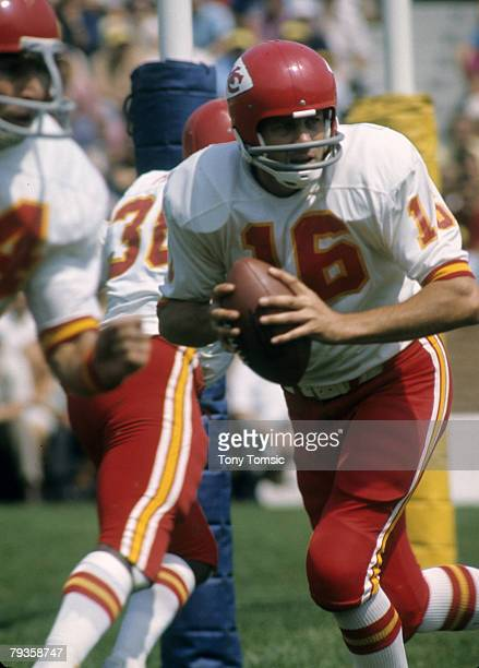 Kansas City Chiefs Hall of Fame quarterback Len Dawson circa the early1970s