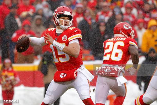 Kansas City Chiefs quarterback Patrick Mahomes drops back to pass during the AFC Divisional Round game between the Indianapolis Colts and the Kansas...