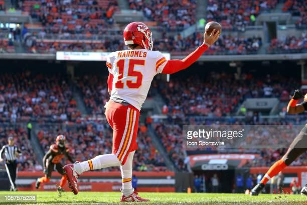 Kansas City Chiefs quarterback Patrick Mahomes throws a pass during the first quarter of the National Football League game between the Kansas City...