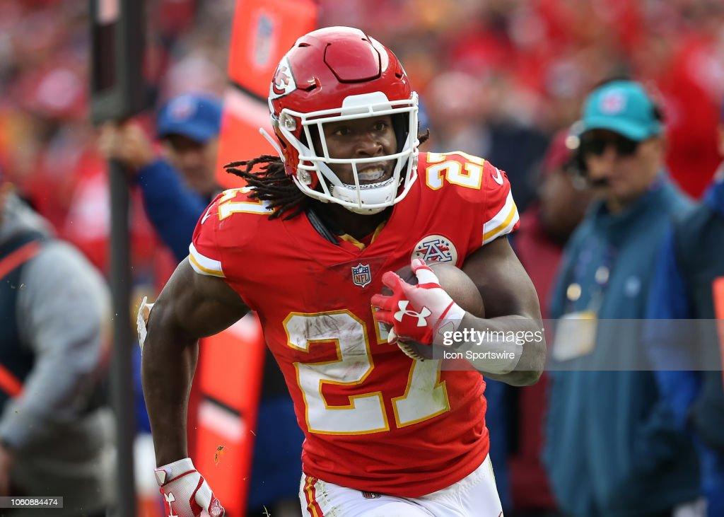 NFL: NOV 11 Cardinals at Chiefs : Nachrichtenfoto