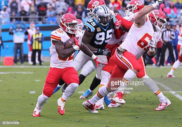 Kansas City Chiefs Running Back Spencer Ware runs around the right end of the offensive line during the NFL game between the Kansas City Chiefs and...