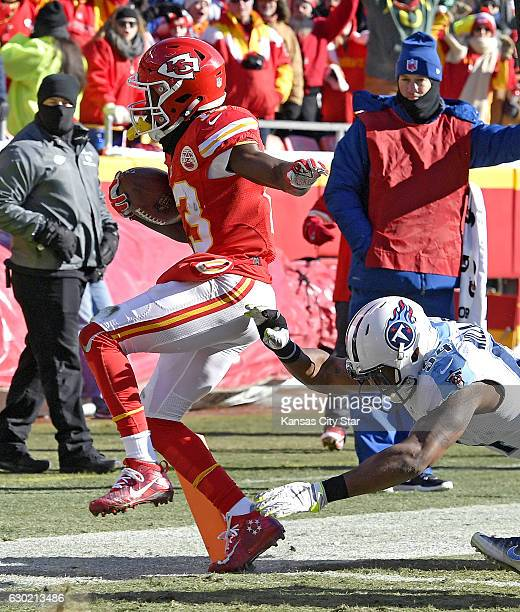 Kansas City Chiefs wide receiver De'Anthony Thomas is knocked out at the one yard line by Tennessee Titans inside linebacker Avery Williamson in the...