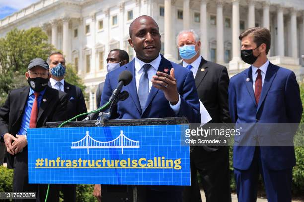 Kansas City Mayor Quinton Lucas speaks about the importance of infrastructure during a news conference with House Transportation and Infrastructure...