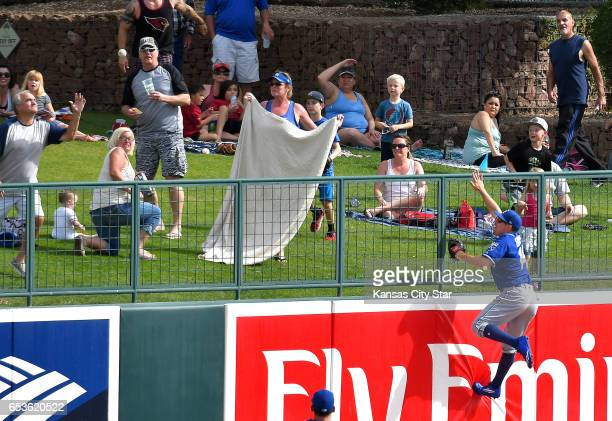 Kansas City Royals center fielder Billy Burns watches the solo home run ball of the Chicago White Sox's Yoan Moncada clear the wall in the seventh...