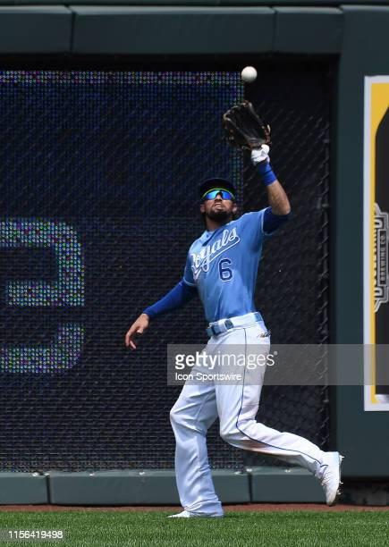 Kansas City Royals center fielder Billy Hamilton catches for an out during a Major League Baseball game between the Chicago White Sox and the Kansas...