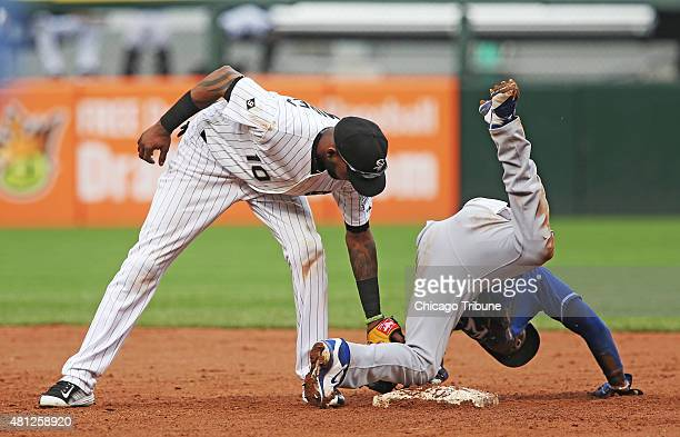 Kansas City Royals center fielder Jarrod Dyson steals second base as Chicago White Sox shortstop Alexei Ramirez tags during the ninth inning on...