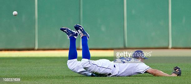 Kansas City Royals left fielder Scott Podsednik came up short on a dive as Chicago White Sox's Mark Kotsay hits a double in the second inning Tuesday...