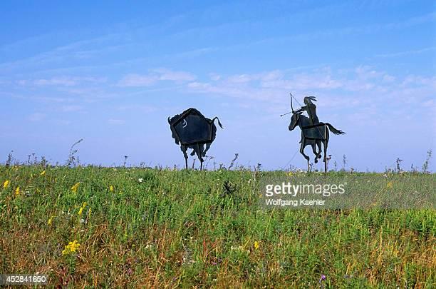 USA Kansas Flint Hills Near Council Grove Metal Sculpture On Hilltop Indian Hunting Buffalo