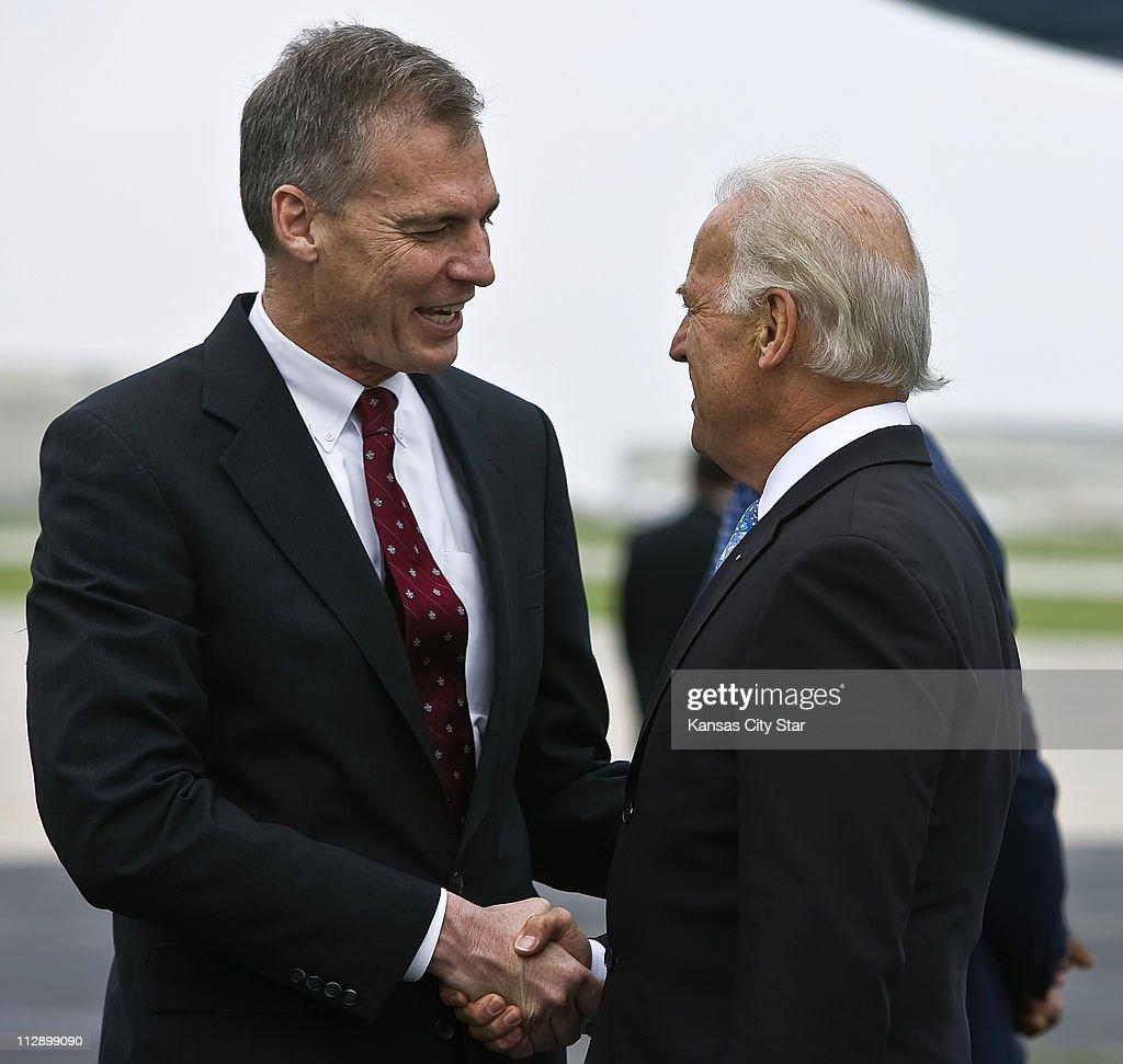 Biden : News Photo