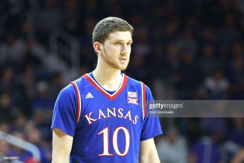 COLLEGE BASKETBALL: FEB 06 Kansas at Kansas State : News Photo