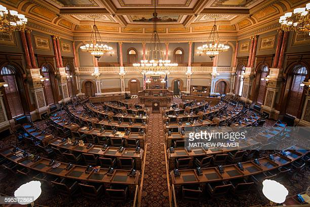 kansas state capitol building - kansas kansas state stock pictures, royalty-free photos & images